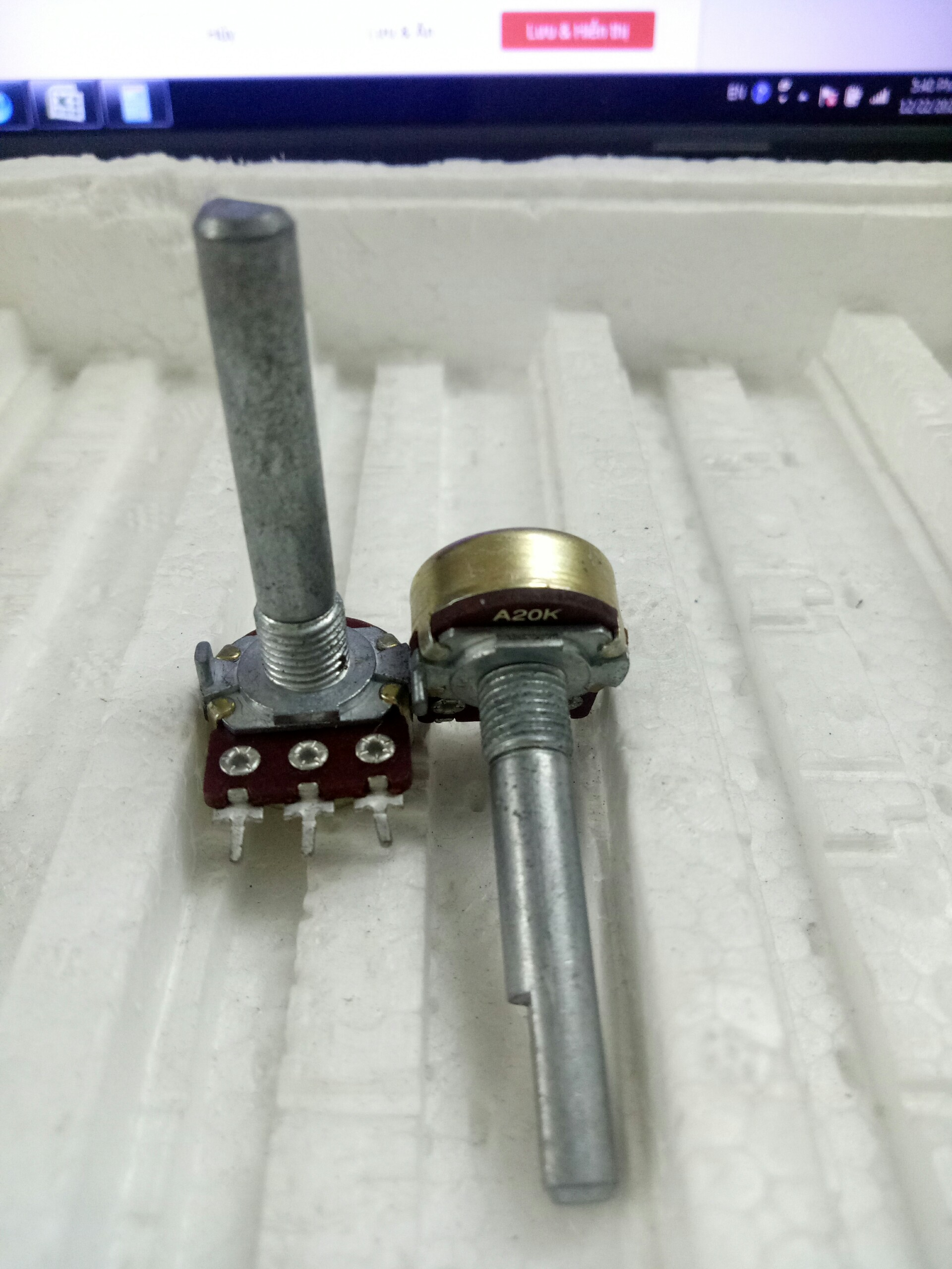 chiet-ap-don-alpha-a20k-dai-loan-can-vat-dai-30mm