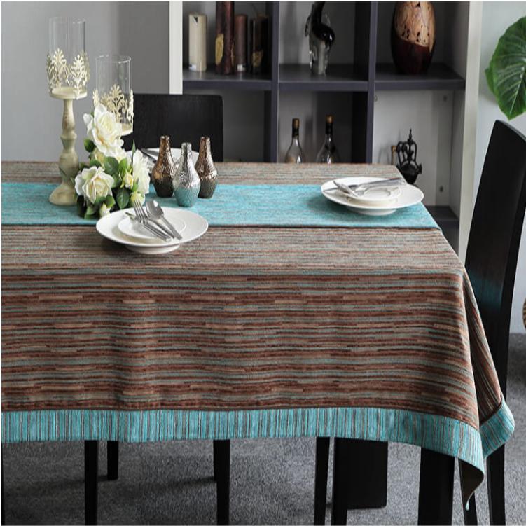 TB340 - Khăn trải bàn Vải gấm nâu phong cách Châu Âu
