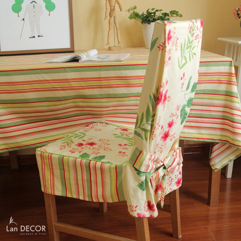 Áo ghế hoa dây đỏ- AG227