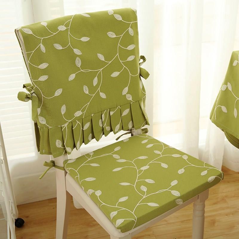 Áo ghế lá thêu nền xanh cốm- AG323