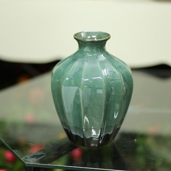 Bình gốm xanh cao 22cm - BG233