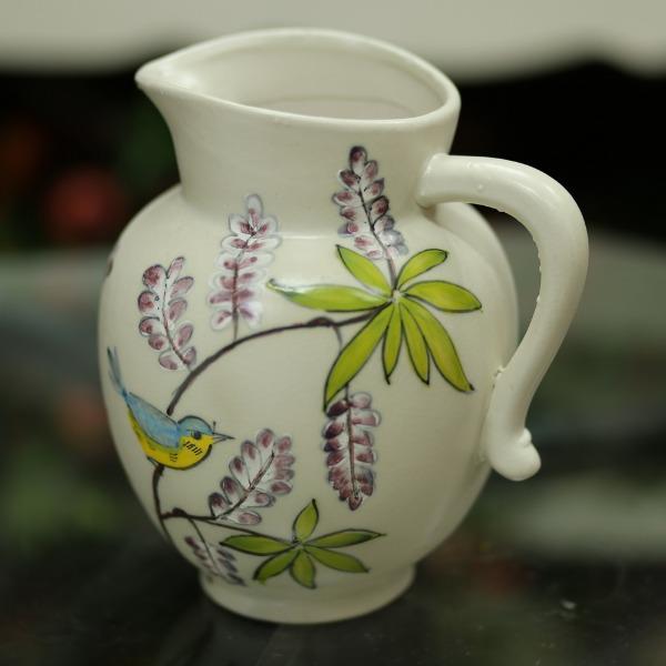 Bình gốm có quai, họa tiết hình hoa cao 25cm - BG234