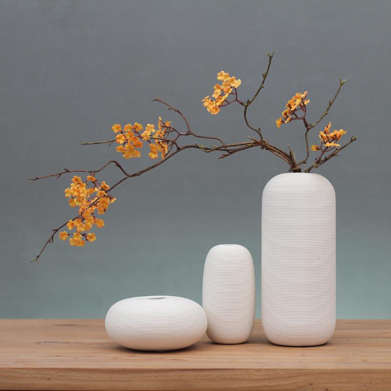 Bộ 3 bình gốm trắng kèm hoa - BH473