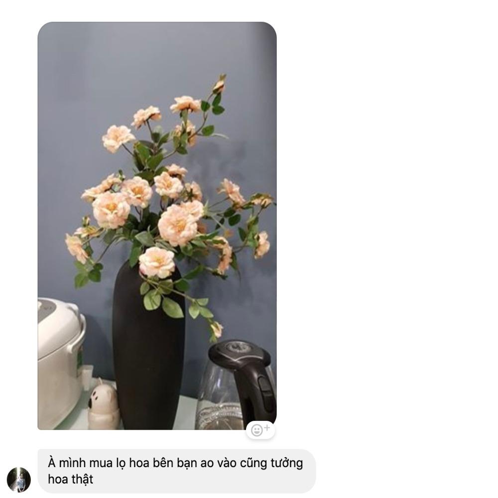 Bình hoa hồng cam khách đánh giá như hoa hồng thật