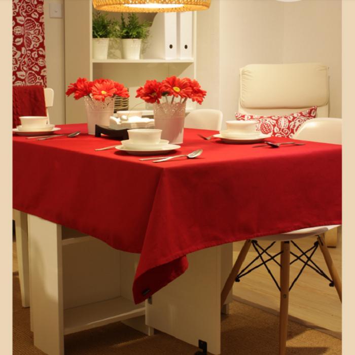 Khăn trải bàn vải đỏ - TB446