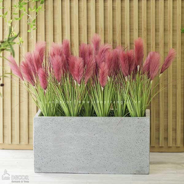 Bồn cỏ lau sậy hồng tím trang trí phòng khách, sảnh đẹp Lan Decor - BC058