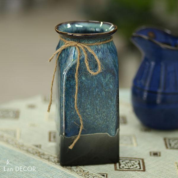 Bình gốm xanh lam hình trụ chữ nhật (24cm) - BG449