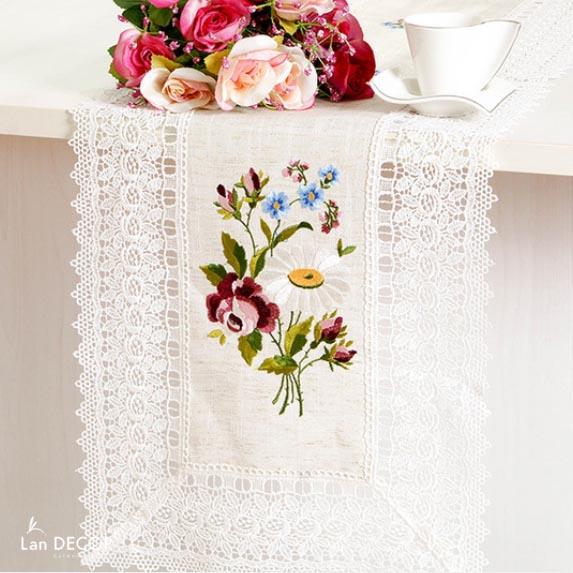 Runner họa tiết hoa cúc và hoa hồng - KR031
