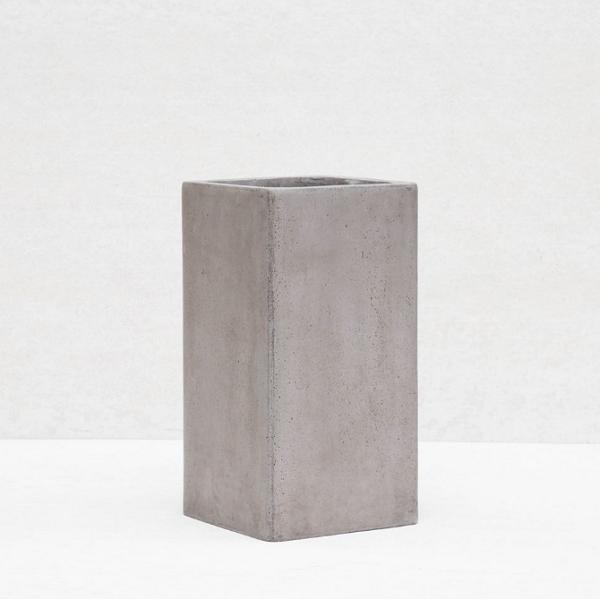 Chậu vuông cao xi măng - CXM012