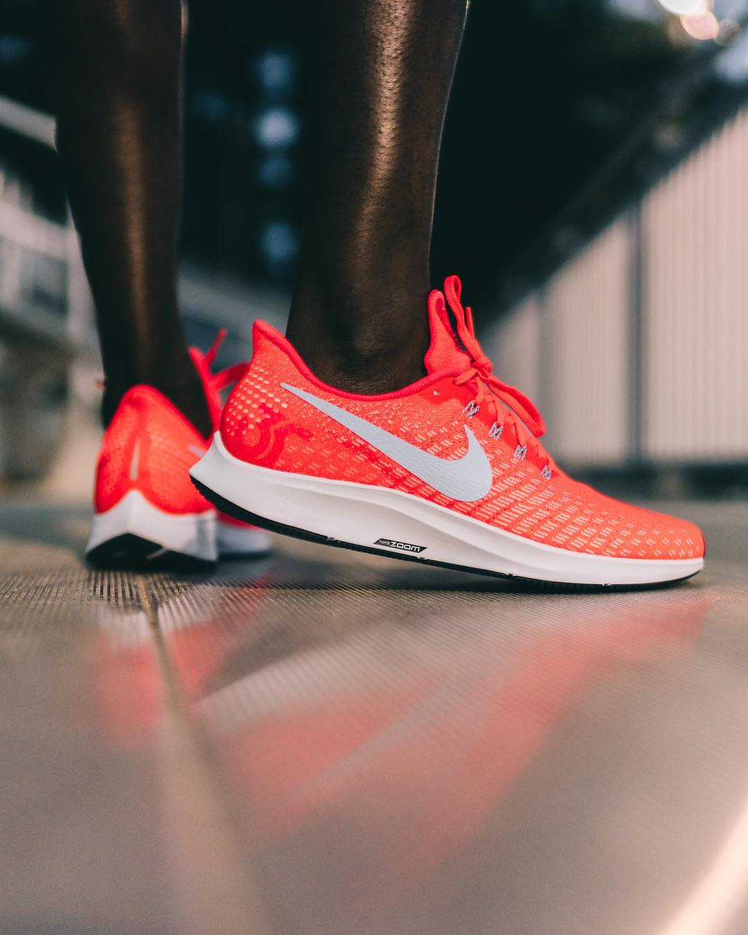 pegasus 35 bright crimson