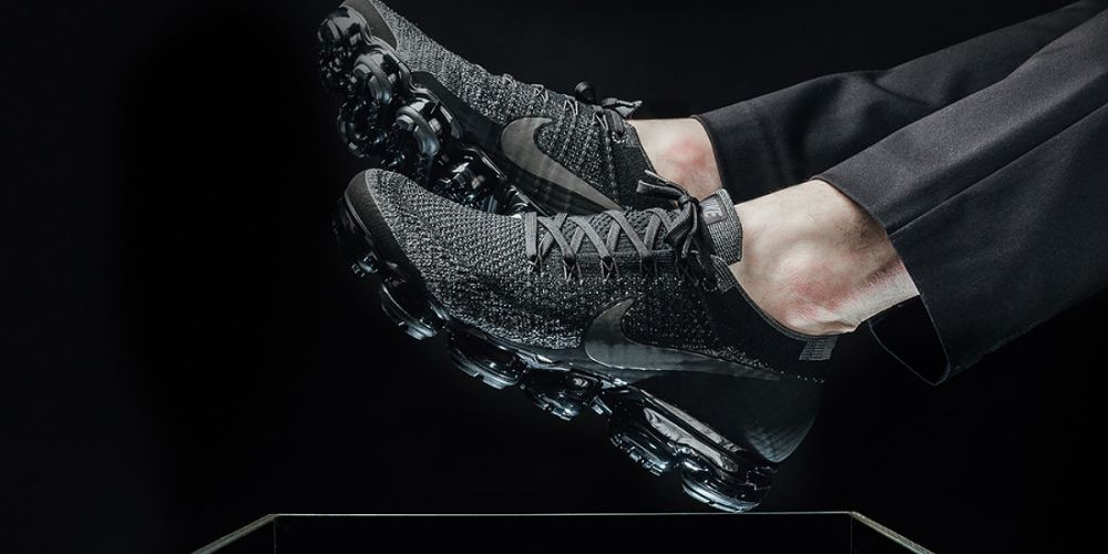 vapormax triple black
