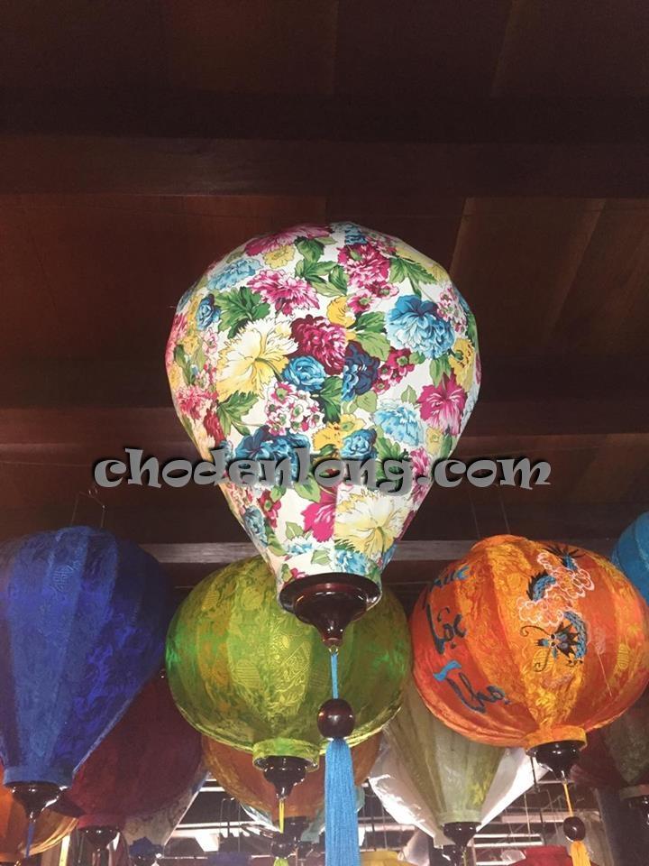 Đèn lồng Hội An vải hoa kiểu tỏi VH011