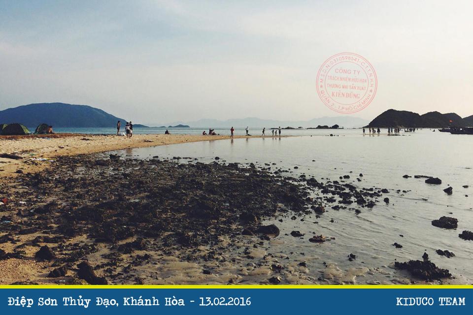 Lênh đênh vịnh Vân Phong, khám phá Điệp Sơn Thủy Đạo
