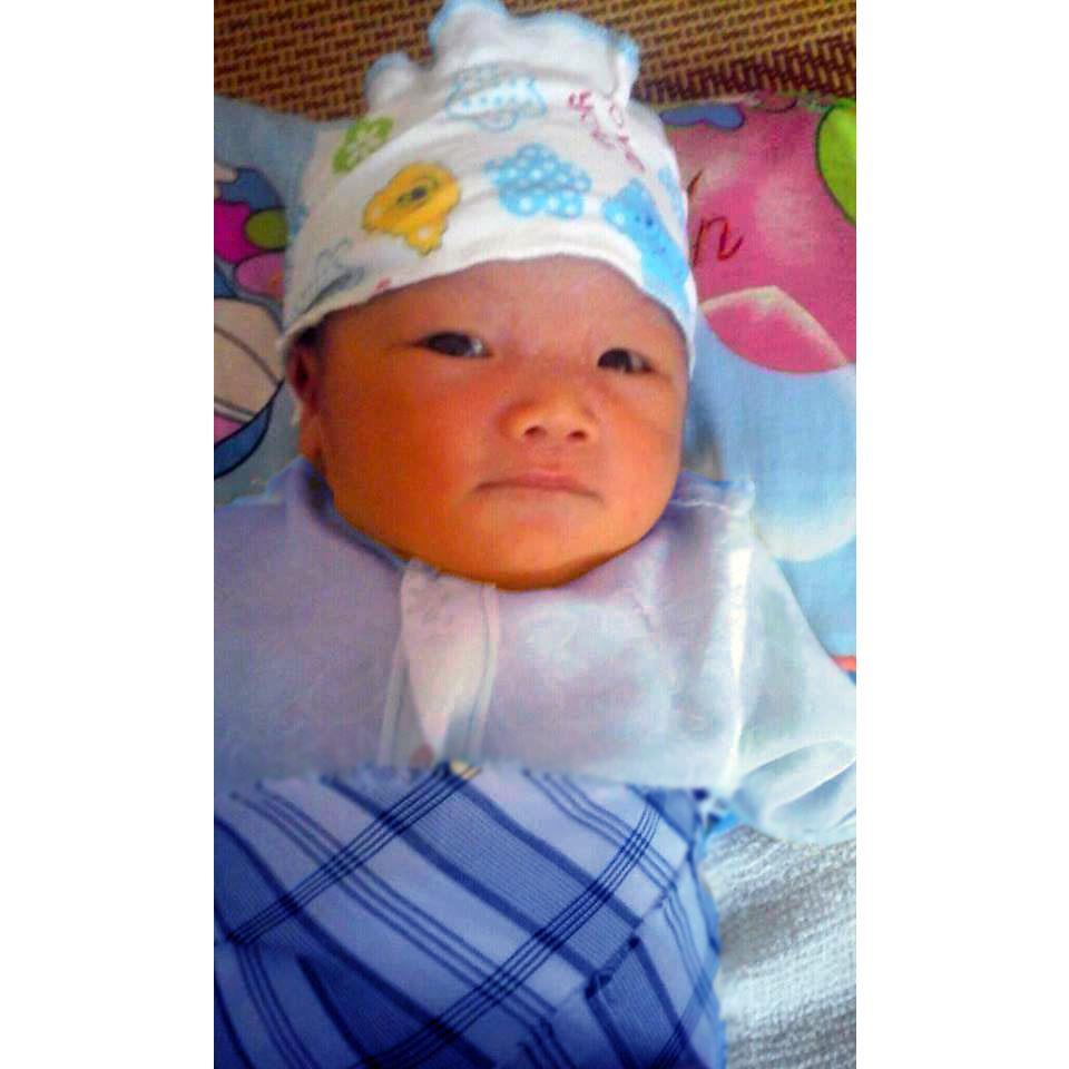 Sinh con trai 3,2kg sau khi điều trị đa nang buồng trứng và tinh trùng yếu, di dạng