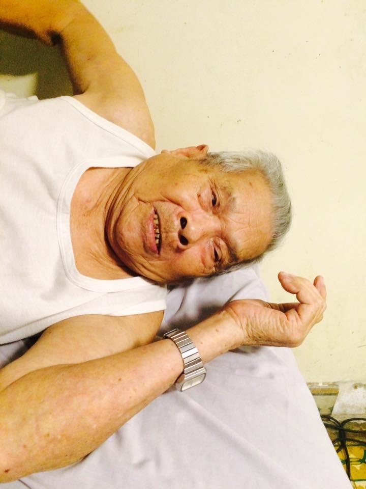 Cụ Cáp 92 tuổi khách hàng chung thủy của Nhà Thuốc