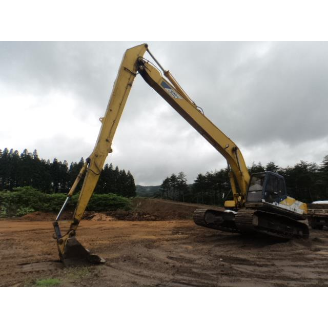 Bán và cho thuê máy SK220 cần dài 18 m