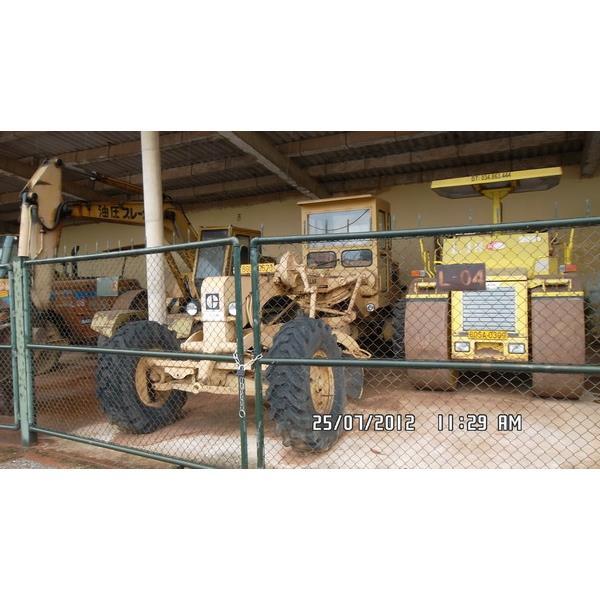 Cho thuê máy san gạt ben 4 m của hãng Cat 120H