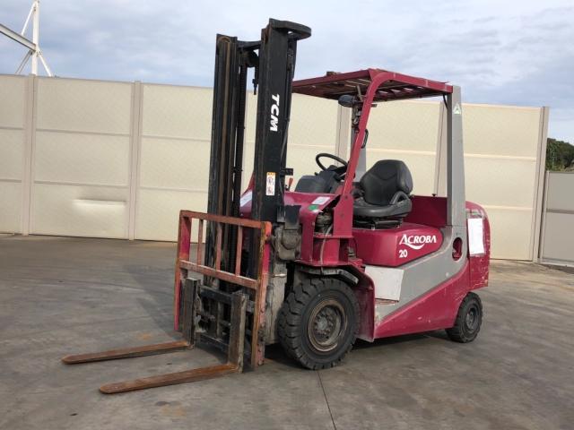 Xe nâng TCM 2 tấn