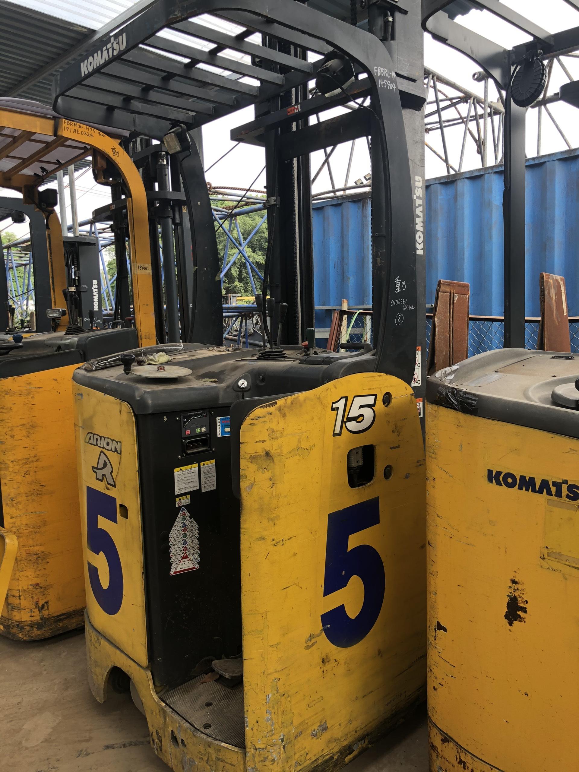 Bán và cho thuê xe nâng điện komatsu 1.5 tấn