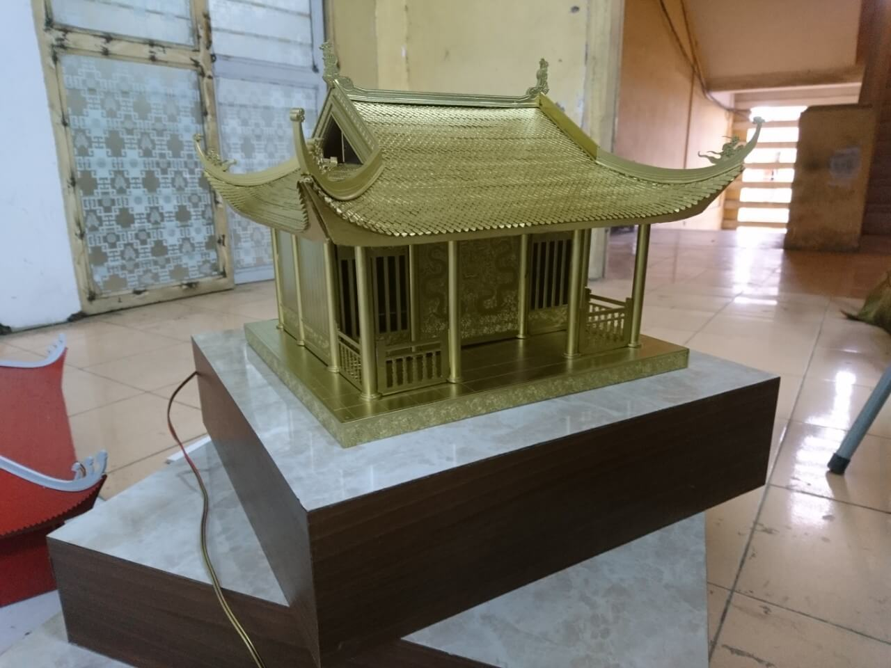 Mô hình chùa và tượng cho dự án hoa lập thể núi Yên Tử