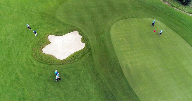 Sân Golf dạng Links 18 hố - FLC Grand Hotel Sầm Sơn