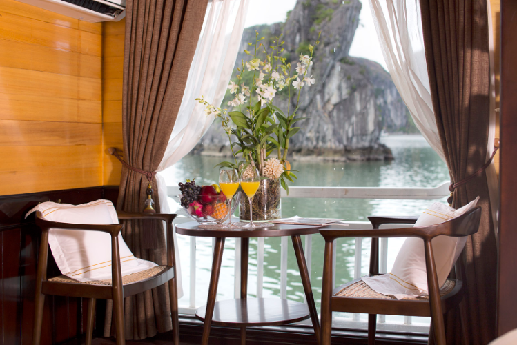 HA LONG BAY 2 DAYS 1 NIGHT TOUR