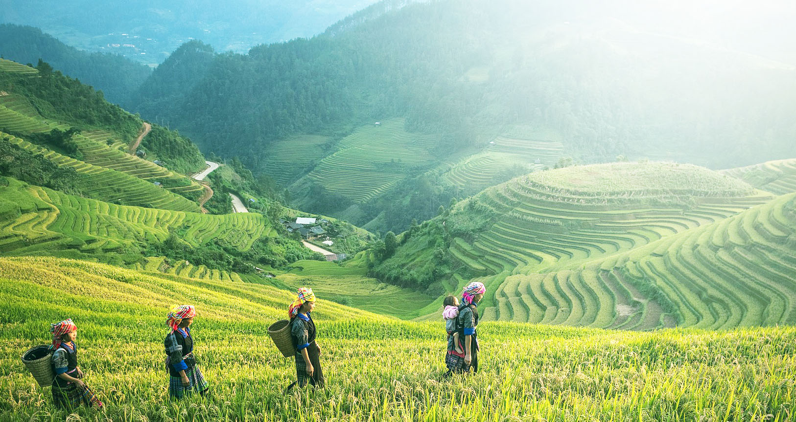 PRIVATE SAPA TOUR 2 DAYS 1 NIGHT