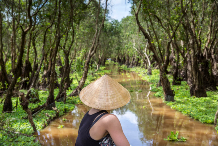 PRIVATE MEKONG DELTA FULL DAY TOUR