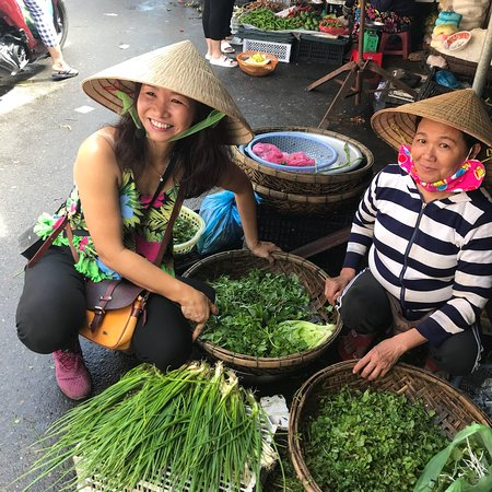 HOI AN COOKING CLASS GROUP TOUR