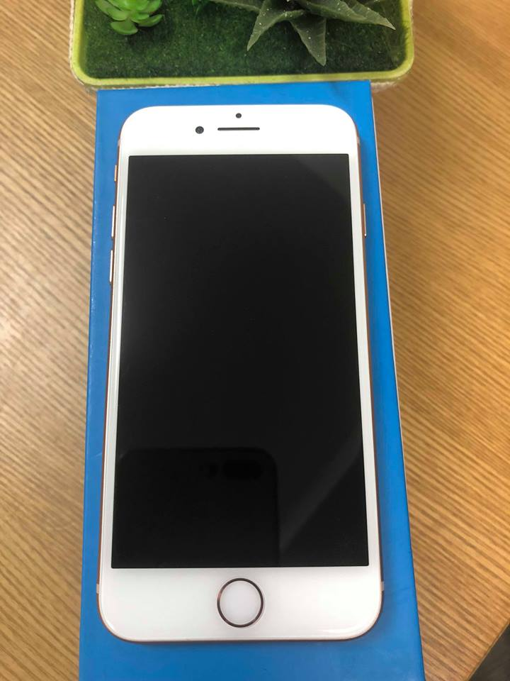 Iphone 8-64gb dcm 99% vàng ID: 0060280