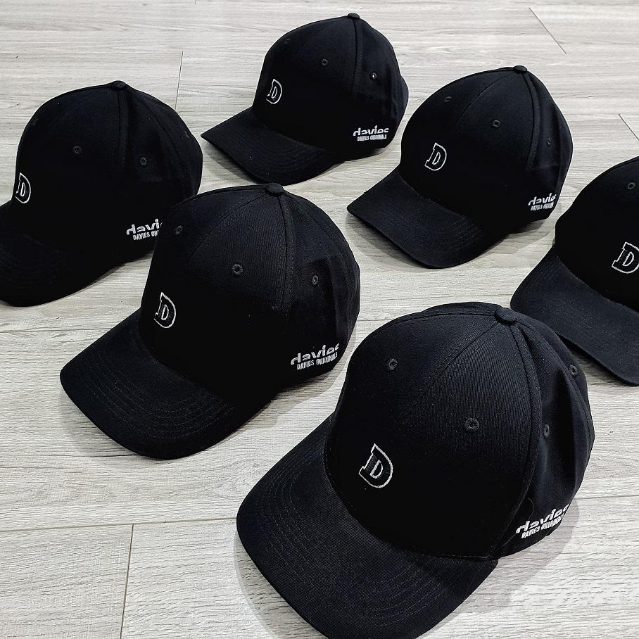 DSW Cap Symbol D