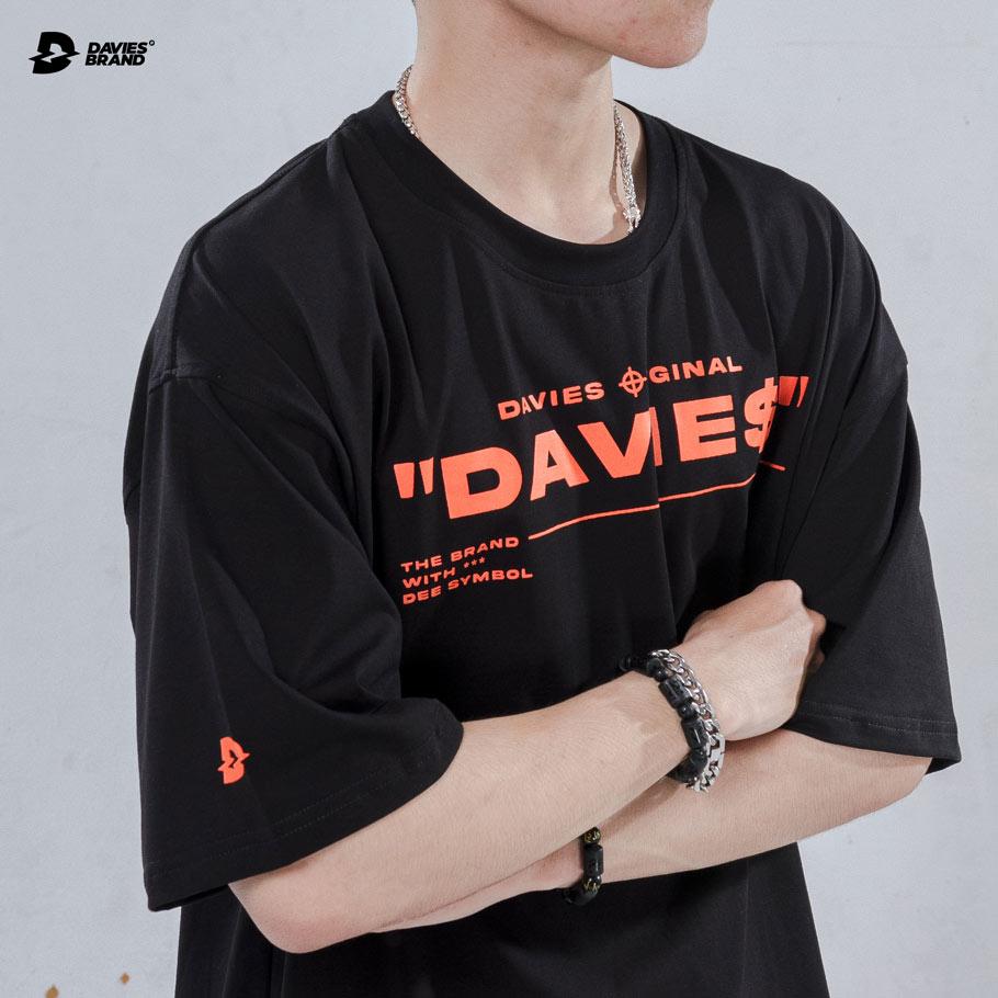 DSW Tee Focus