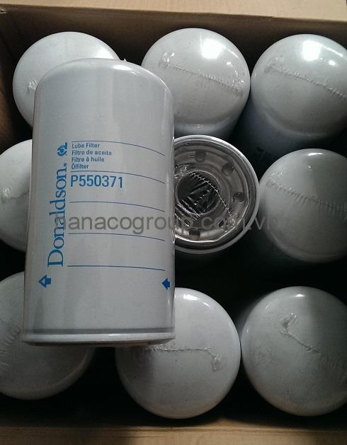 Lọc dầu động cơ P550371