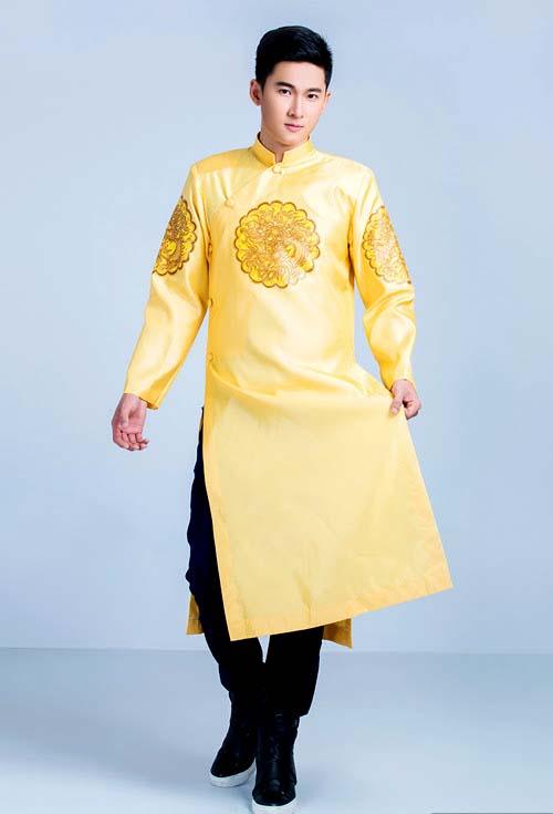 Áo dài cách tân nam vàng thêu họa tiết
