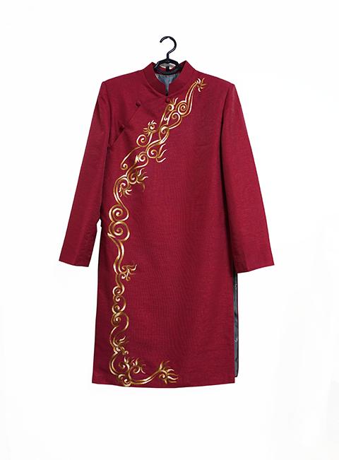 Áo dài cách tân nam đỏ thêu họa tiết vàng