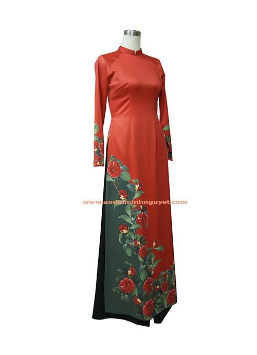 Áo dài đỏ thiết kế & in 3D họa trà