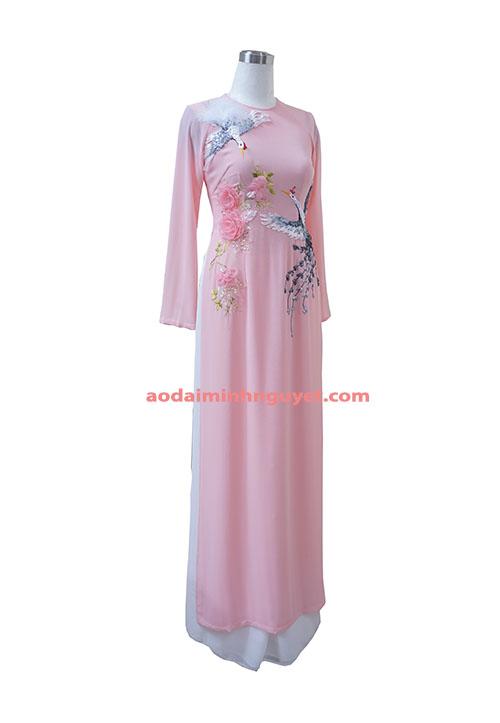 Áo dài hồng thêu duy băng