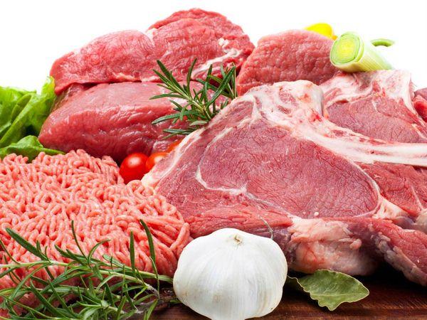 Thực phẩm phải thông qua quy trình kiểm tra gắt gao trước khi đưa vào chế biến