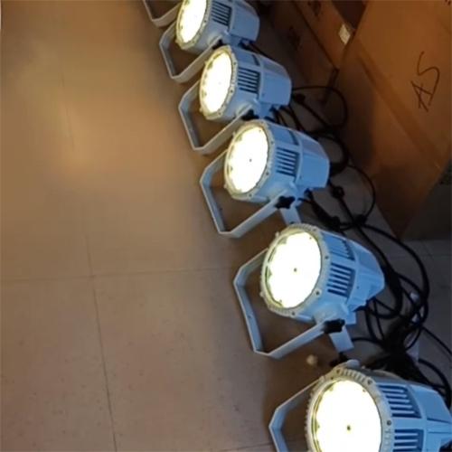 Đèn par led Outdoor vỏ trắng 54 x 9w
