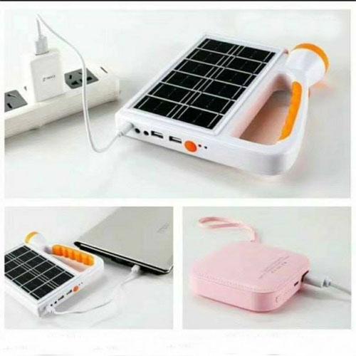 Đèn pin năng lượng mặt trời