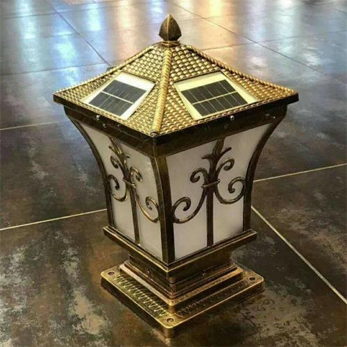 Đèn trụ cổng