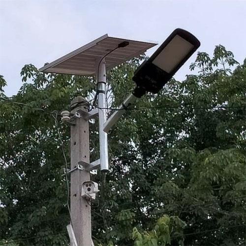 Đèn LED năng lượng mặt trời JD-798 (200w)