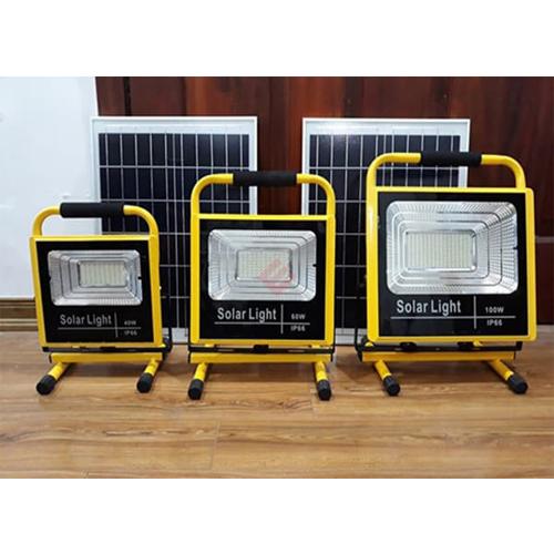 Đèn pha xách tay năng lượng mặt trời 60W