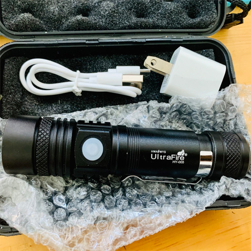 Đèn Pin Siêu Sáng Cree Zoom Ultrafire XML-T6 005