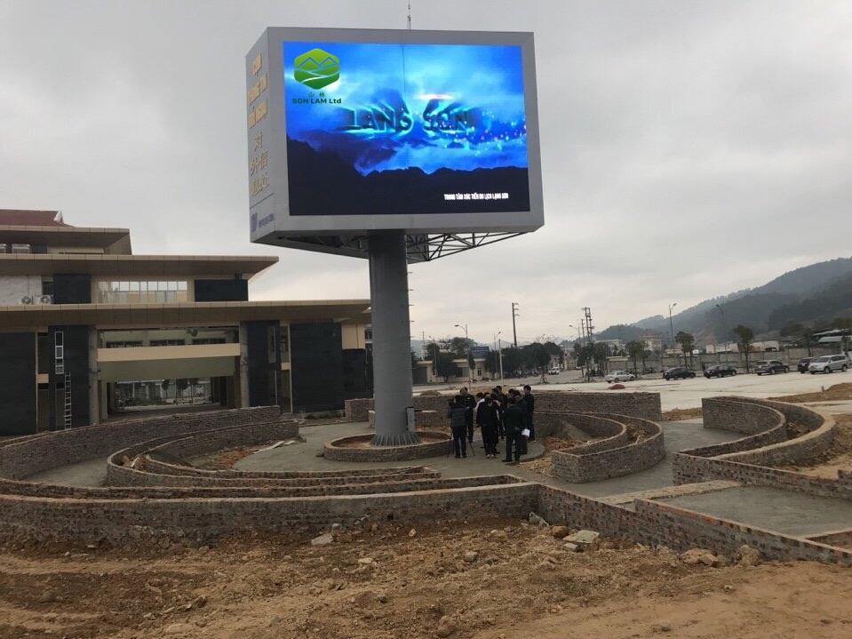 Thi công 64 m2 màn hình led P6 full outdoor tại cửa khẩu Chima