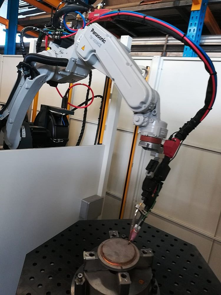 Robot hàn TIG