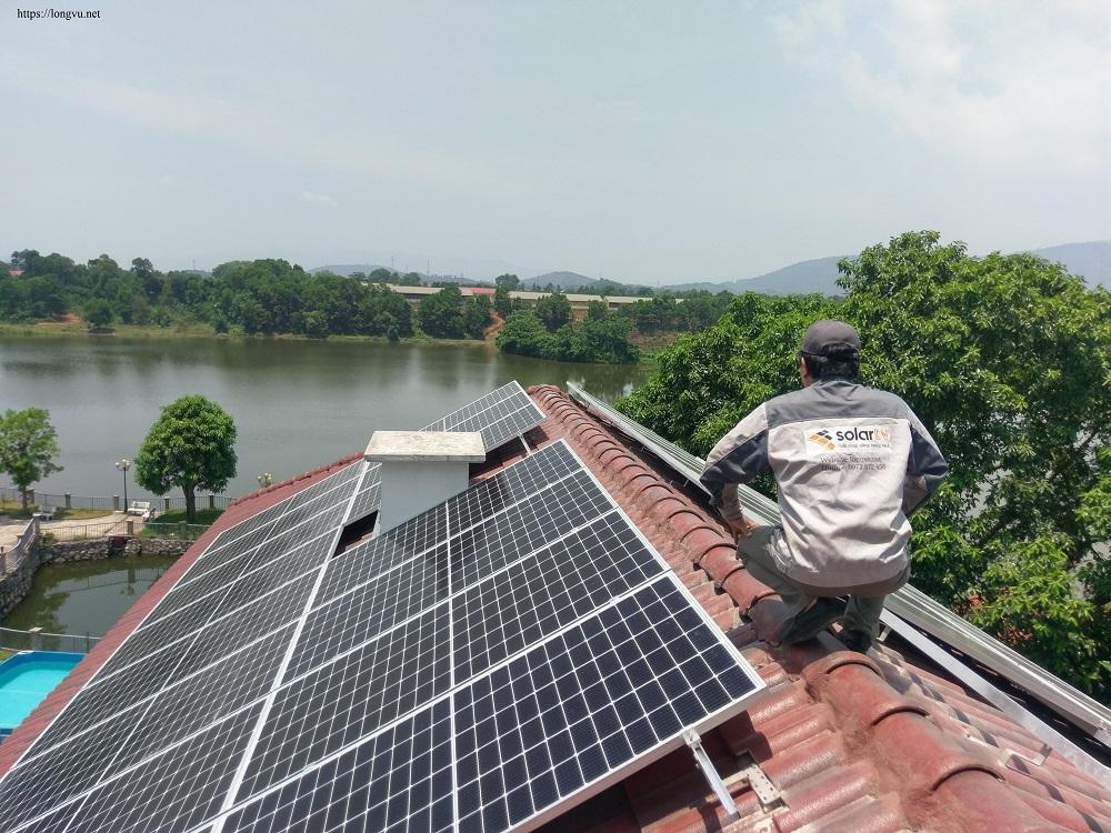 Lắp Đặt Điện Mặt Trời Hòa Lưới 11,7 KWp- 3pha  Tại  Quốc Oai - Hà Nội.