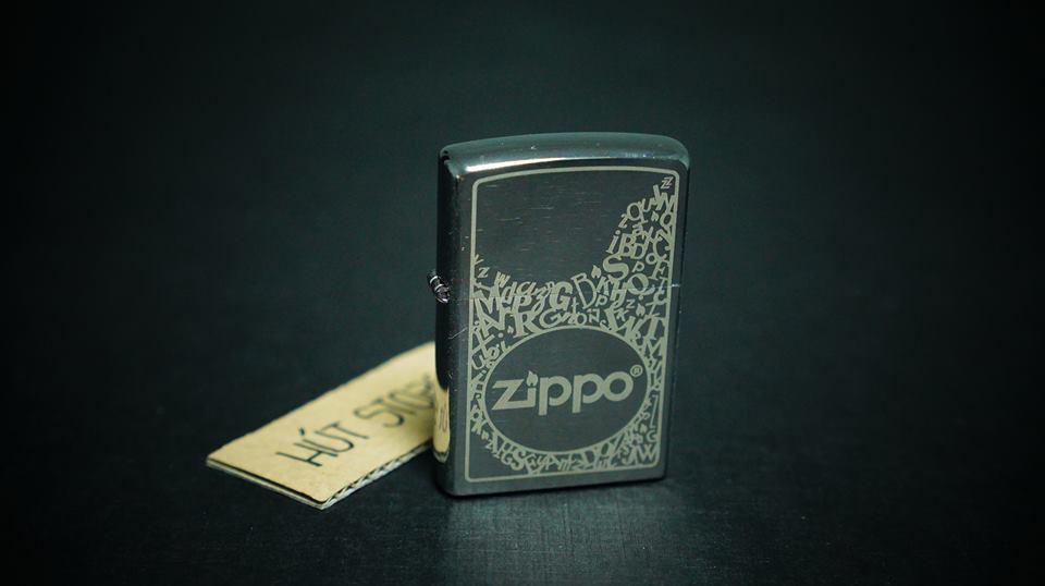 Bật lửa Zippo Polished Chrome - Zippo Logo