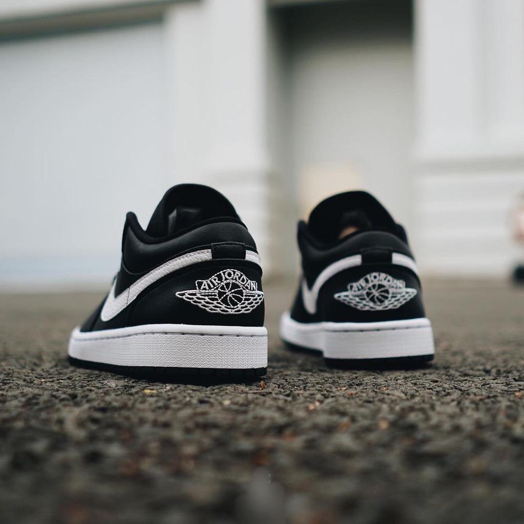 Hàng chính hãng Jordan 1 Low Black White ao9944001
