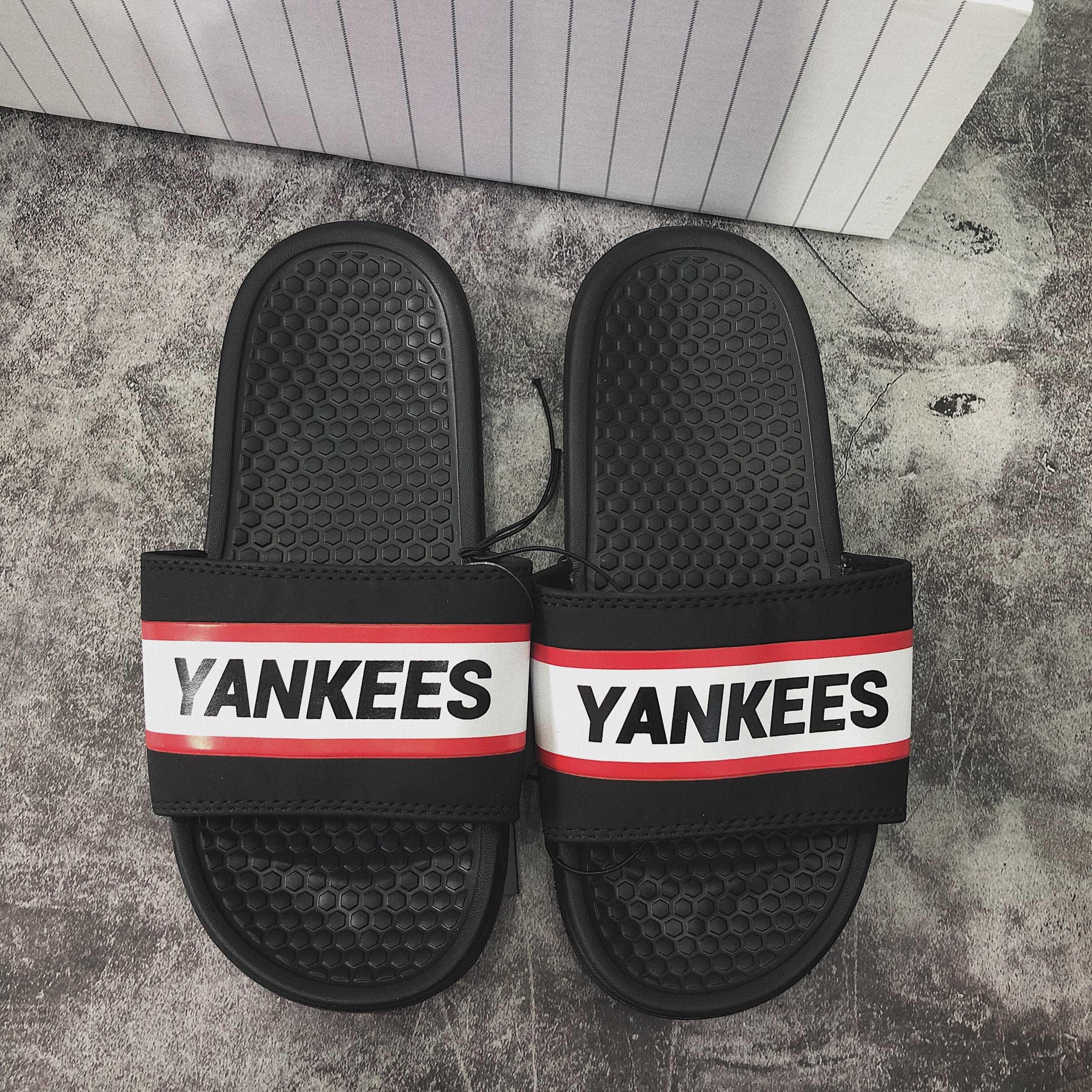 Hàng chính hãng Dép MLB đen Yankees